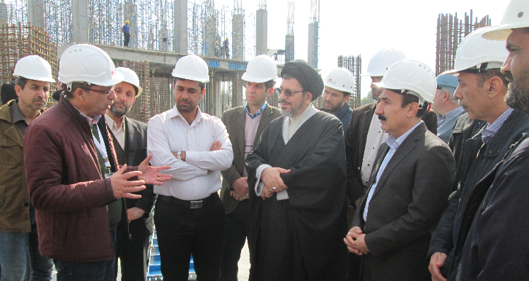Dr.Paridar and Hujjat al-Islam Ghazi Dezfouli visted 400-bed hospital of Dezfoul project
